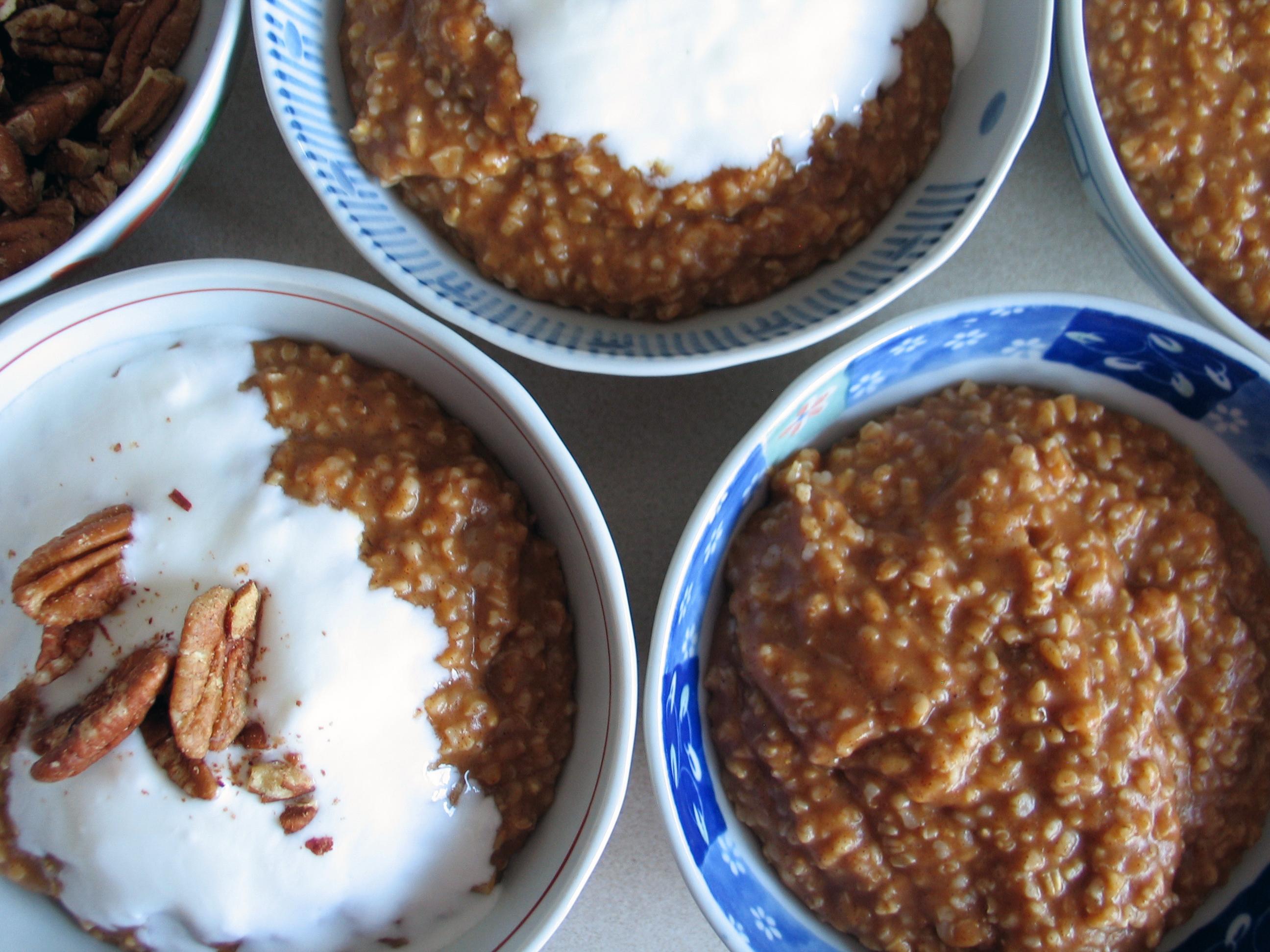 Oatmeal (Pumpkin Pie and Apple Pie)