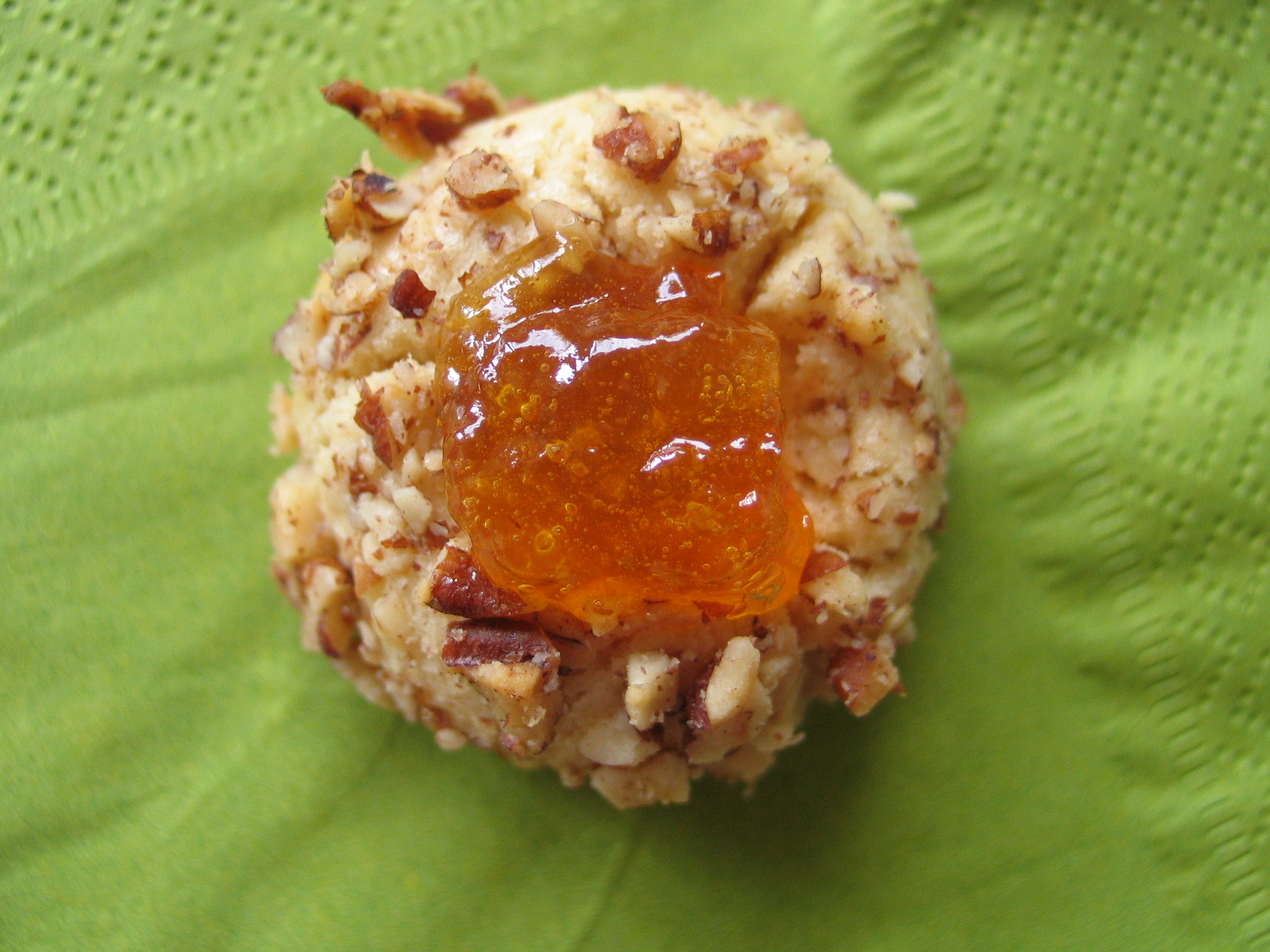 Pecan Peach Thumbprint Cookies