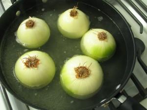 Sausage Stuffed Vidalia Onions (Slow Cooker)