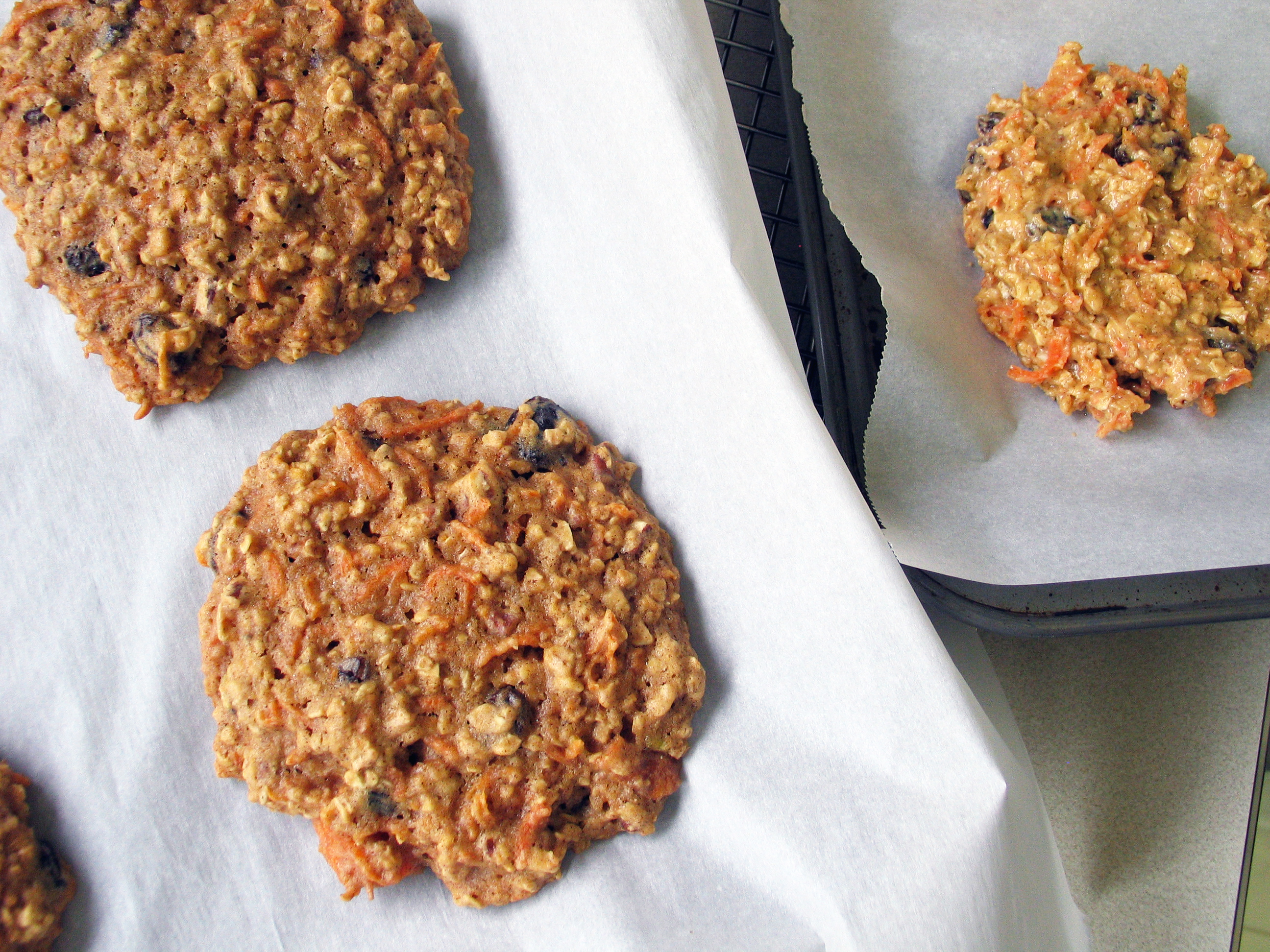Carrot and Honey Oatmeal Cookies