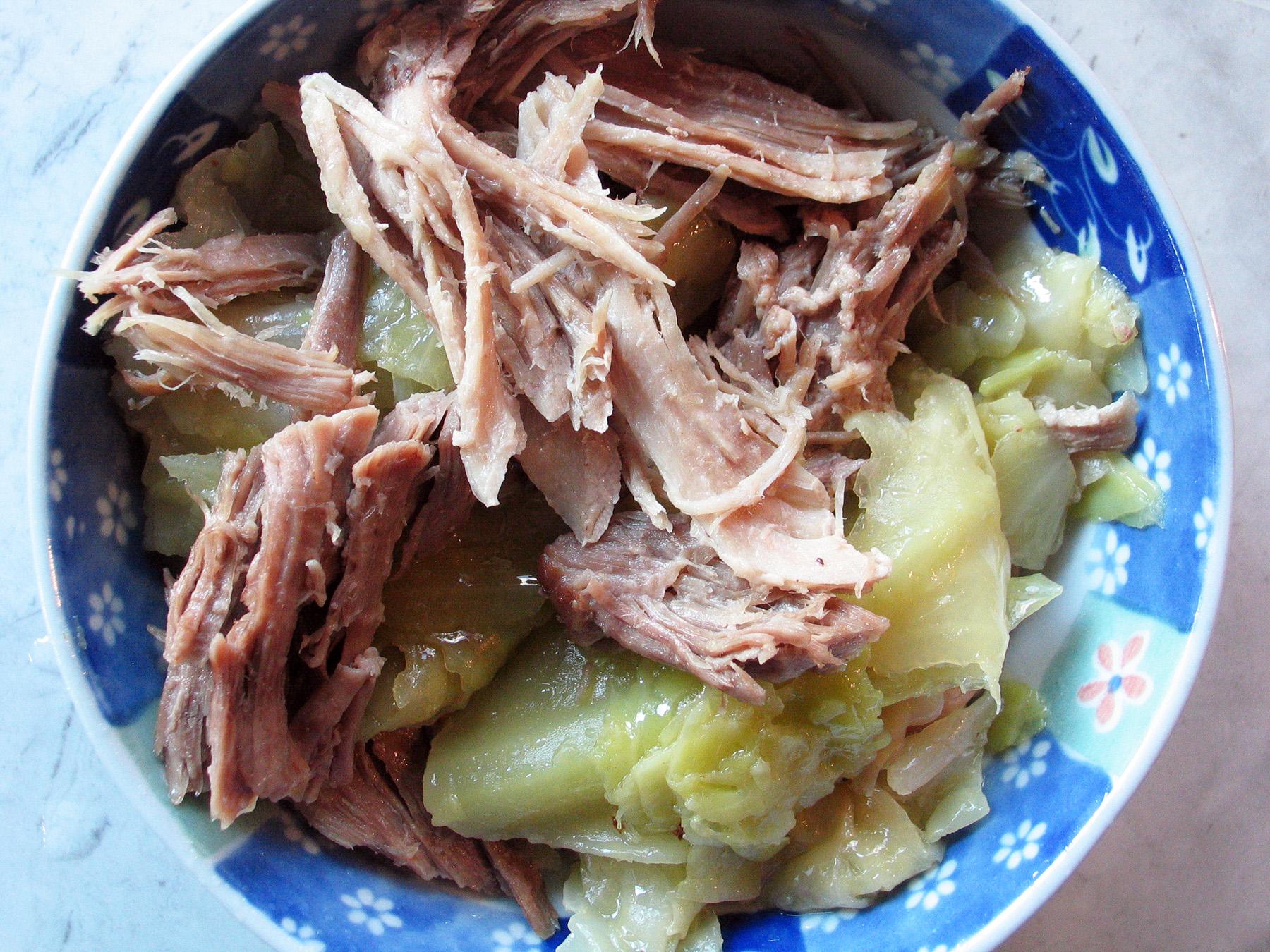 Kalua Pig (Pressure Cooker)