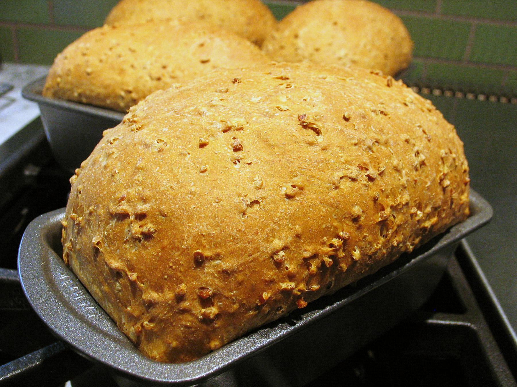 Cracked Wheat Bread (Deanna)