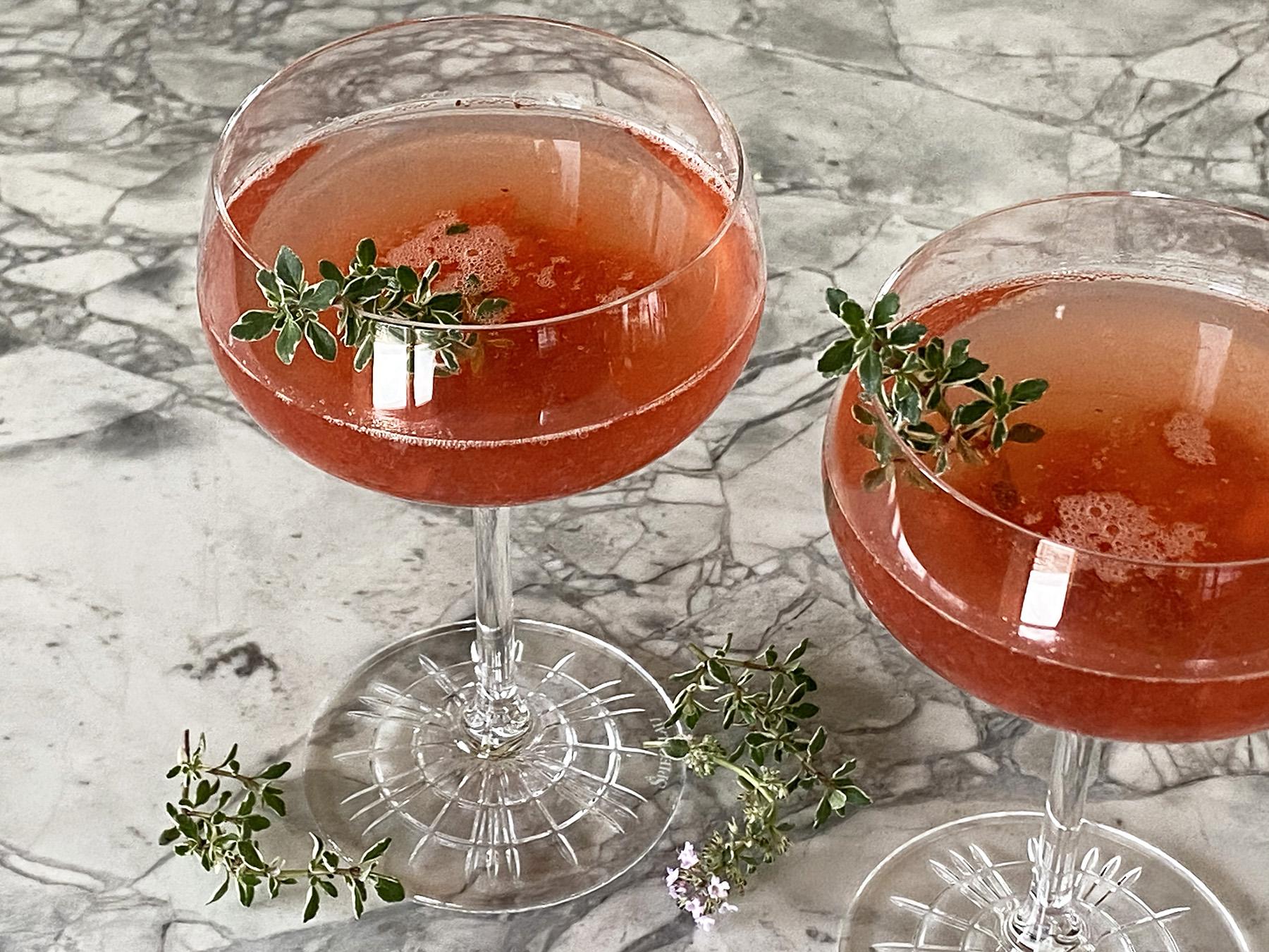 Strawberry Thyme Rum Fizz