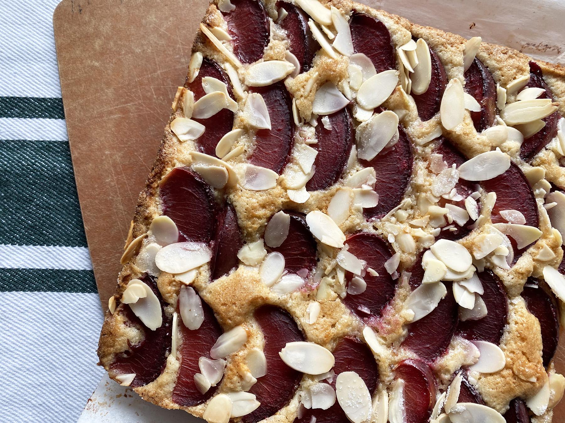 Almondy Plum Cake